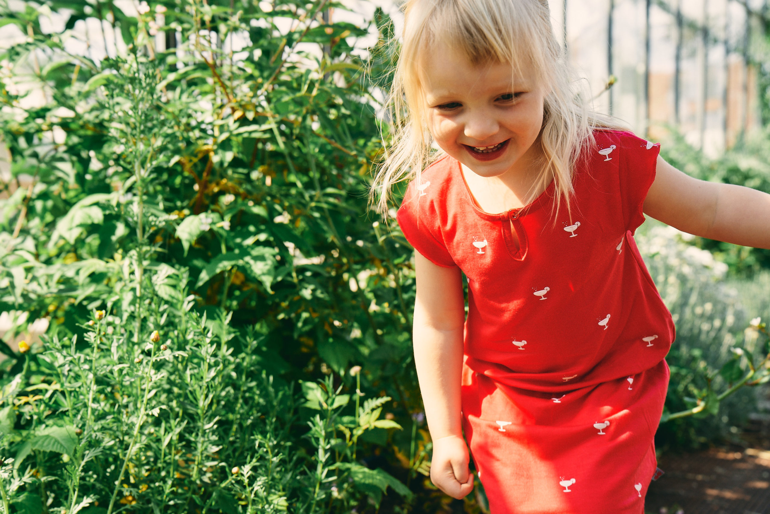 Froy & Dind SS20 – red dress children